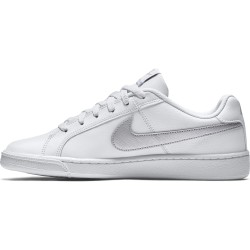 WOMEN´S NIKE COURT ROYALE